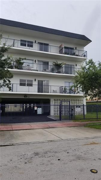 1960 MARSEILLE DR APT 301, Miami Beach, FL 33141 - Photo 1