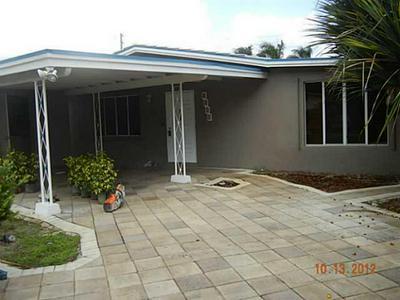 1001 NE 18TH ST, Fort Lauderdale, FL 33305 - Photo 1