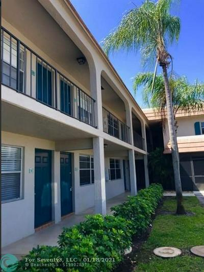 690 KINGSBRIDGE ST APT 4, Boca Raton, FL 33487 - Photo 1