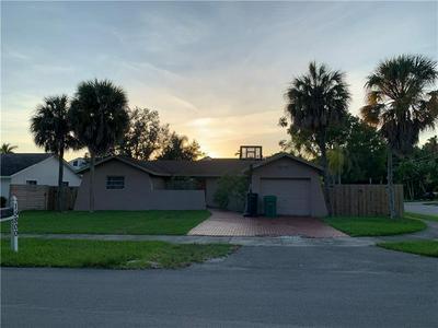 15800 SW 90TH AVE, PALMETTO BAY, FL 33157 - Photo 1