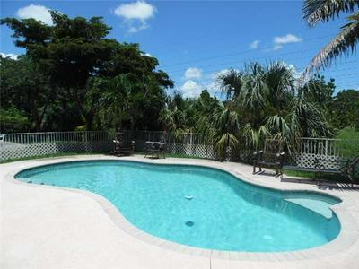 7600 NW 70TH AVE, Parkland, FL 33067 - Photo 2