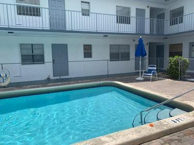 30 SE 4TH AVE APT 108, Hallandale, FL 33009 - Photo 1