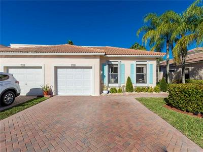 702 SW 158TH TER # 702, Pembroke Pines, FL 33027 - Photo 1
