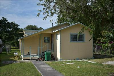 349 CYPRESS AVE, Pahokee, FL 33476 - Photo 2