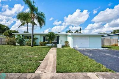425 WESTWIND DR, North Palm Beach, FL 33408 - Photo 2