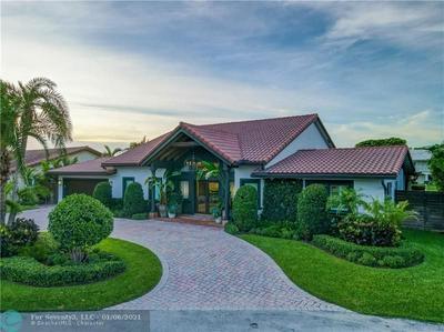 2877 NE 29TH ST, Fort Lauderdale, FL 33306 - Photo 2