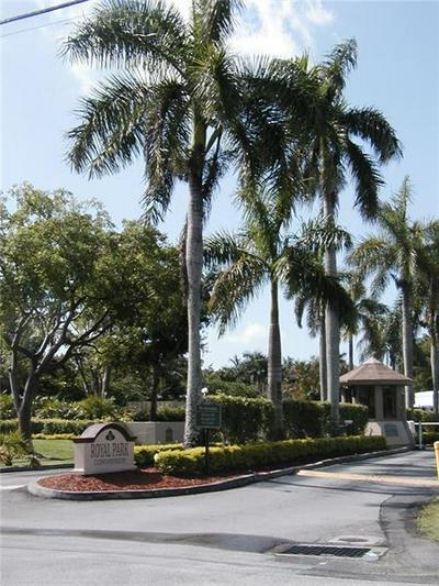 119 ROYAL PARK DR APT 3G, Oakland Park, FL 33309 - Photo 2