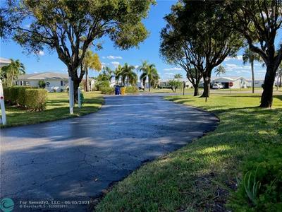 500 SW GOLFVIEW TER APT 128, Boynton Beach, FL 33426 - Photo 2