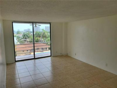 2935 NE 163RD ST APT 5N, North Miami Beach, FL 33160 - Photo 1