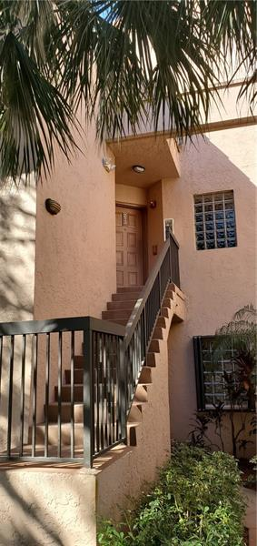 10631 NW 14TH ST APT 213, Plantation, FL 33322 - Photo 2
