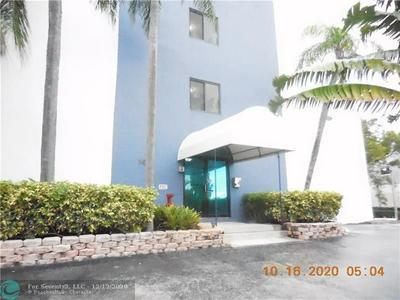 105 S RIVERSIDE DR APT 404, Pompano Beach, FL 33062 - Photo 2