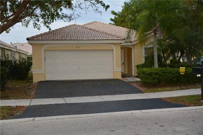 4153 PINE RIDGE LN, Weston, FL 33331 - Photo 2