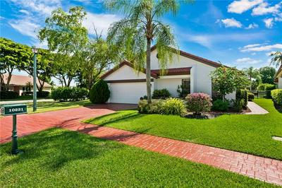 10231 SUNSET BEND DR, Boca Raton, FL 33428 - Photo 2