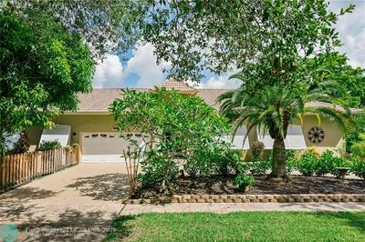 5901 PLANTATION RD, Plantation, FL 33317 - Photo 1