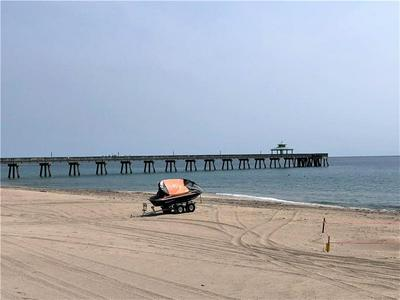 853 SE 4TH CT APT 3, Deerfield Beach, FL 33441 - Photo 1