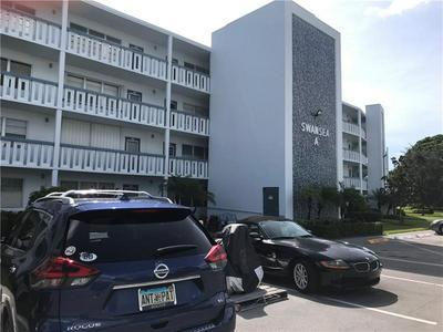 3001 SWANSEA A # 3001, Deerfield Beach, FL 33442 - Photo 2
