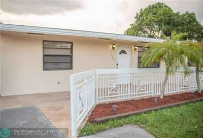1967 SW 63RD TER, North Lauderdale, FL 33068 - Photo 2