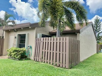 2071 SW 81ST WAY, Davie, FL 33324 - Photo 1