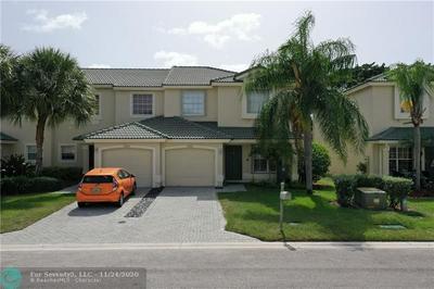 18201 BOCA WAY DR, Boca Raton, FL 33498 - Photo 1