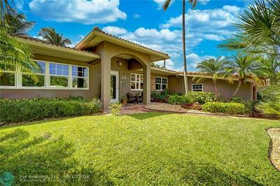 2725 NE 21ST AVE, Fort Lauderdale, FL 33306 - Photo 2