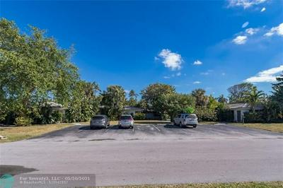 2718 NE 29TH AVE, Lighthouse Point, FL 33064 - Photo 2