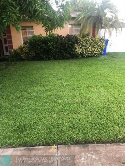 8231 SW 9TH ST, North Lauderdale, FL 33068 - Photo 2