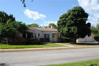114 SE 13TH ST, FORT LAUDERDALE, FL 33316 - Photo 1