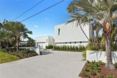 2945 NE 19TH ST, Pompano Beach, FL 33062 - Photo 1