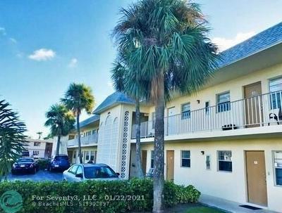875 SW 4TH CT APT 11, Boca Raton, FL 33432 - Photo 2