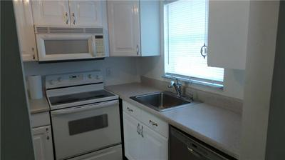 807 W OAKLAND PARK BLVD APT G1, Oakland Park, FL 33311 - Photo 2