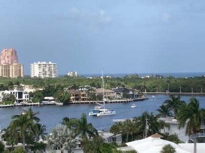 2555 NE 11TH ST PH 2, Fort Lauderdale, FL 33304 - Photo 1