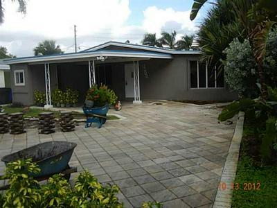 1001 NE 18TH ST, Fort Lauderdale, FL 33305 - Photo 2