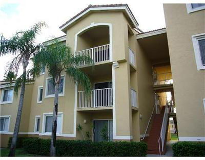 2600 S UNIVERSITY DR APT 227, Davie, FL 33328 - Photo 2