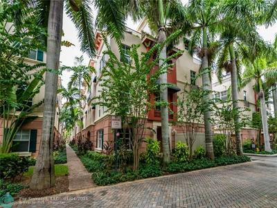 1033 NE 17TH WAY, Fort Lauderdale, FL 33304 - Photo 1