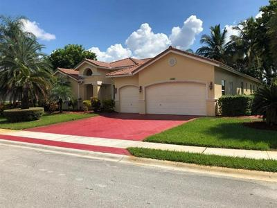 15980 SW 4TH ST, PEMBROKE PINES, FL 33027 - Photo 2