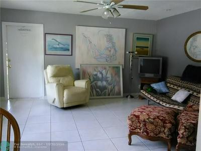 1905 MIAMI RD APT 4, Fort Lauderdale, FL 33316 - Photo 1