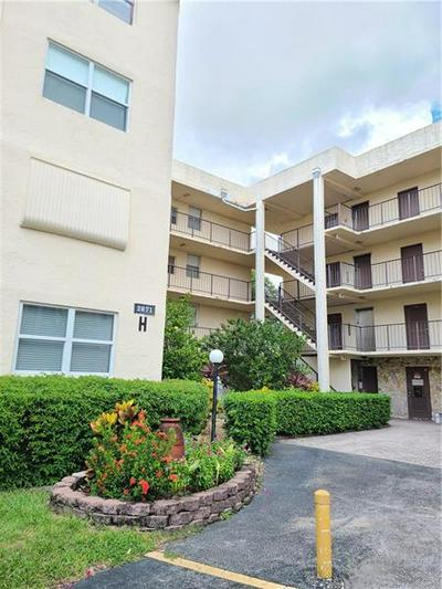 2871 SOMERSET DR APT 318, Lauderdale Lakes, FL 33311 - Photo 2