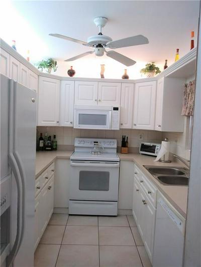 159 DEER CREEK BLVD APT 506, Deerfield Beach, FL 33442 - Photo 2