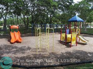 2316 S CYPRESS BEND DR APT 218, Pompano Beach, FL 33069 - Photo 2