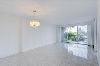 108 ROYAL PARK DR APT 4H, Oakland Park, FL 33309 - Photo 1