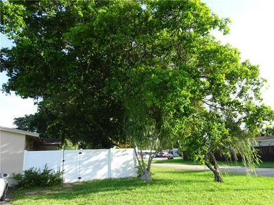 916 NW 26TH ST, Wilton Manors, FL 33311 - Photo 2
