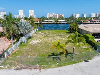 2750 SE 9TH ST, Pompano Beach, FL 33062 - Photo 2