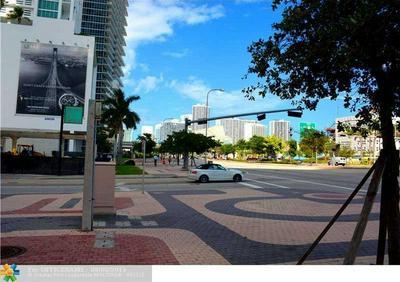 900 BISCAYNE BLVD APT 4401, Miami, FL 33132 - Photo 2