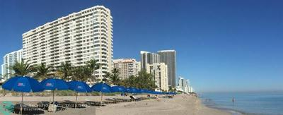 1985 S OCEAN DR APT 4A, Hallandale, FL 33009 - Photo 1