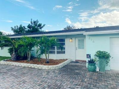 216 SE 12TH ST, Deerfield Beach, FL 33441 - Photo 2