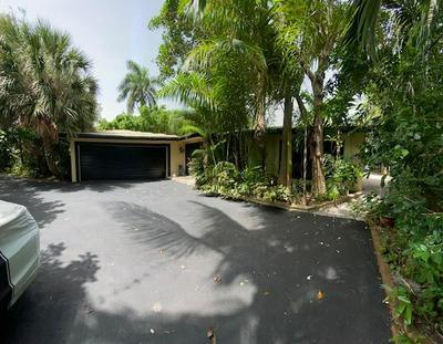 300 SE 28TH AVE, Pompano Beach, FL 33062 - Photo 2