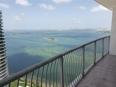 1750 N BAYSHORE DR APT 5205, Miami, FL 33132 - Photo 1