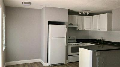 732 SE 15TH ST APT 5, Fort Lauderdale, FL 33316 - Photo 2