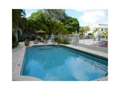 108 NE 16TH AVE APT 206, Fort Lauderdale, FL 33301 - Photo 2