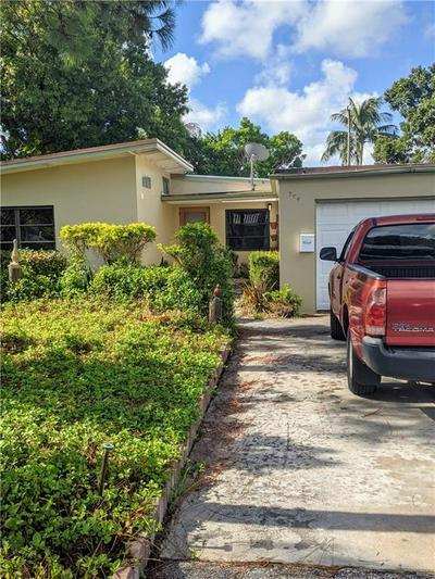 704 SW 10TH ST, Fort Lauderdale, FL 33315 - Photo 2